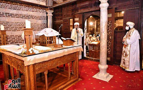 القداس من الهيكل