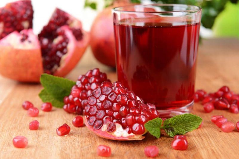 عصير الرمان له فوائد سحرية مرتبطة بالضغط والقلب