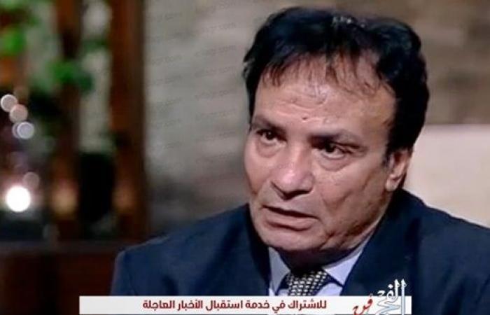 حمدي الوزير يبكي على الهواء لهذا السبب (فيديو)