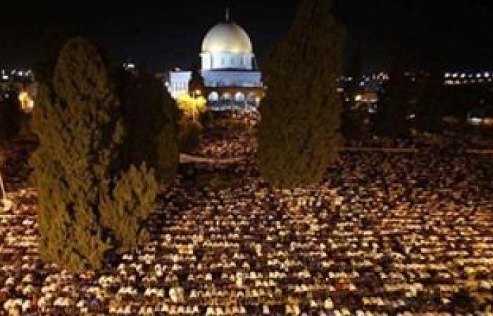 70 ألف مصل يؤدون العشاء والتراويح فى رحاب المسجد الأقصى