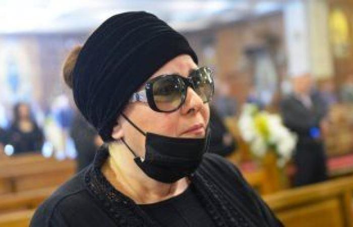 استقرار الحالة الصحية لــ دلال عبد العزيز بعد وضعها على الأكسجين