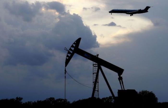 كورونا في الهند يهبط بأسعار النفط من أعلى مستوياتها في 6 أسابيع