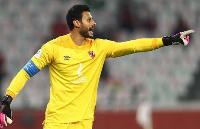 أحمد مجاهد يكشف عن مفاجأة بشأن مشاركة الشناوي مع المنتخب في الاأولمبياد