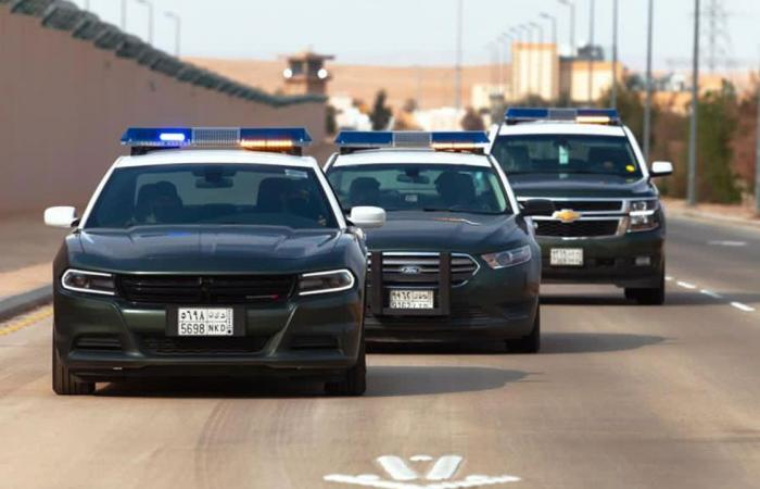 القبض على 3 مواطنين من أرباب السوابق قاموا بسرقة 6 منازل ومتاجر