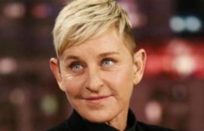 سر وقف إلين ديجينيريس برنامجها التلفزيوني الشهير