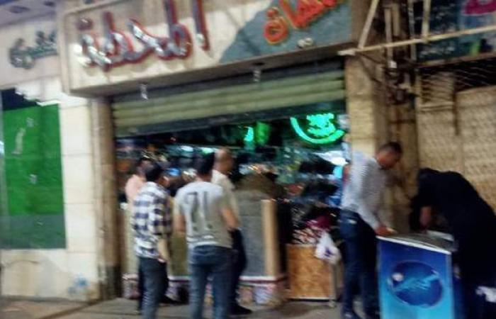 رئيس حي جنوب الجيزة يشمع 10 محال مخالفة لقرار الغلق  صور