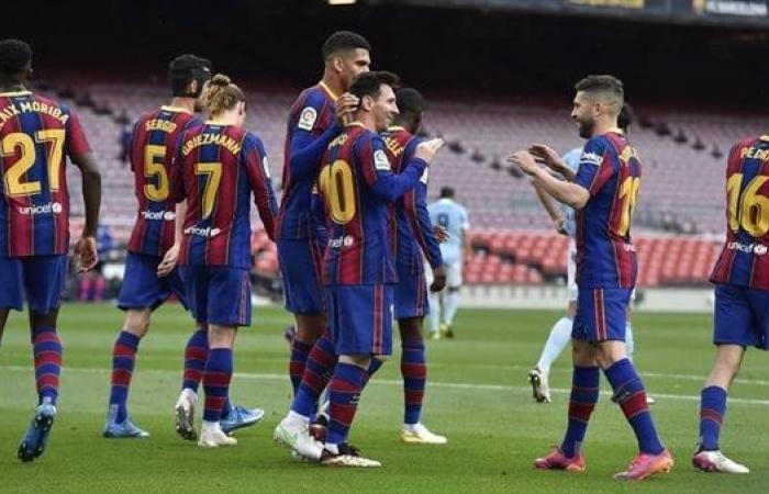 مانشستر سيتي يطلب صفقة من برشلونة