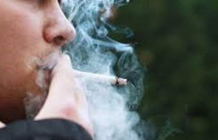 خطر يهدد صحتك.. تعرف على الخط الساخن للمساعدة في الإقلاع عن التدخين