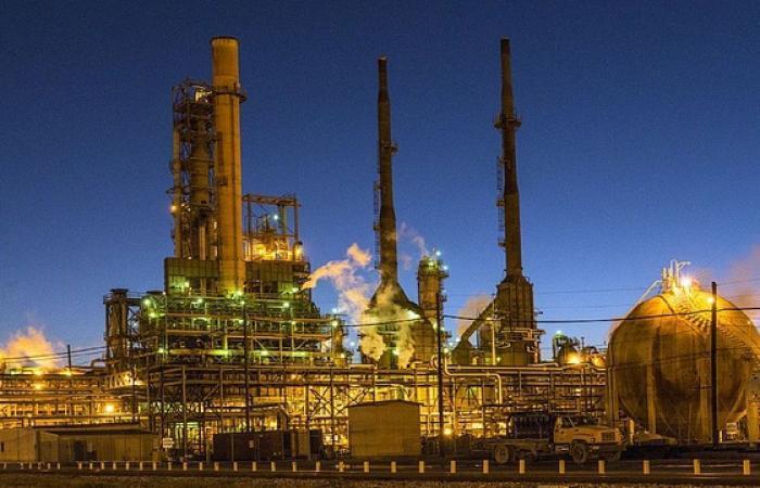 صناعات النفط والغاز والفحم صاحبة النصيب الأكبر من استثمارات «السبع الكبرى»