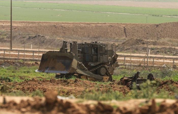 قوات الاحتلال تتوغل  شرق خان يونس وتجرف أراضي زراعية