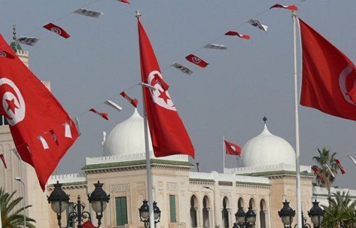 200 مليون دينار مهربة إلى تونس.. الليبيون يطلبون استعادة أموالهم المجمدة