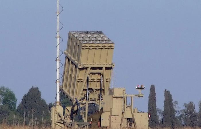 وزير الدفاع الإسرائيلي يتوجه إلى الولايات المتحدة.. وتوقعات بطلب دعم للقبة الحديدية