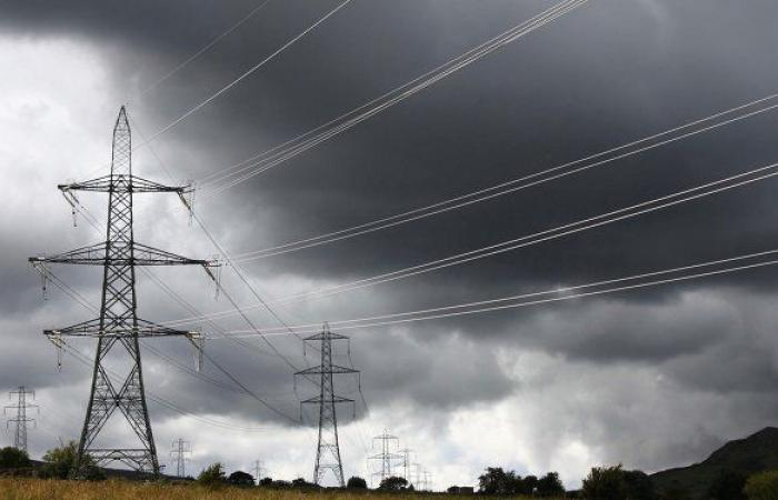أكثر من 300 مستوطنة في أوكرانيا دون كهرباء