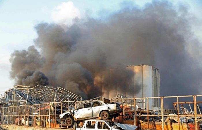 مفاجآت مدوية في انفجار مرفأ بيروت: ملاحقة رئيس الحكومة ووزراء وعسكريين