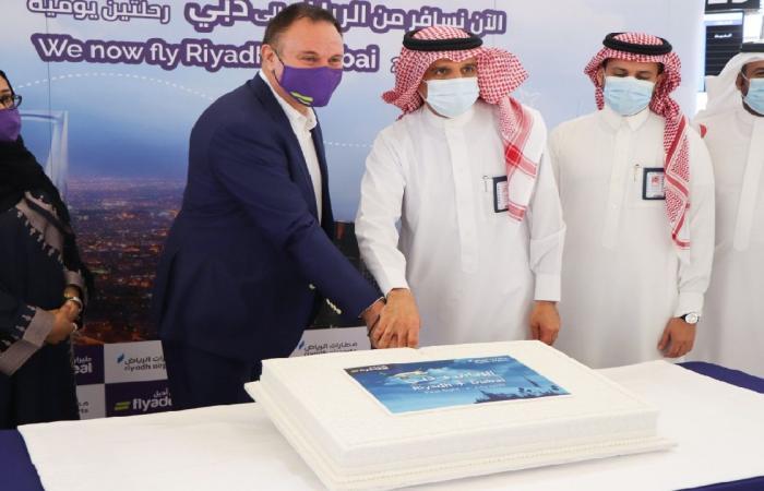 بالصور.. «طيران أديل» يبدأ رحلاته الجوية.. والوجهة الأولى الرياض- دبي