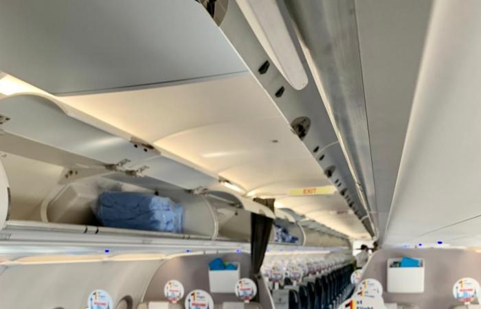 مصر للطيران تسير أولى رحلاتها الجوية إلي دوسلدورف بألمانيا.. صور