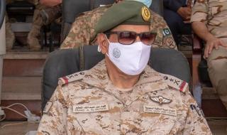 بالصور.. قائد القوات البرية الملكية يحضر اختتام تمرين «النجم الساطع» بمصر