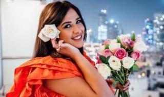 ياسمين عبد العزيز تعود من سويسرا للقاهرة بعد تعافيها من أزمتها الصحية