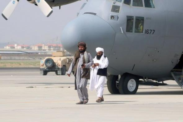 الخارجية الأمريكية: الخطوط القطرية تجلي 28 أمريكيا من كابول